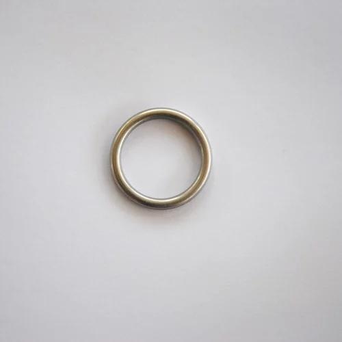 טבעת כסף קטנה