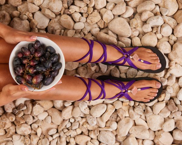 סנדל קיץ עם שרוכים ארוכים – סגול