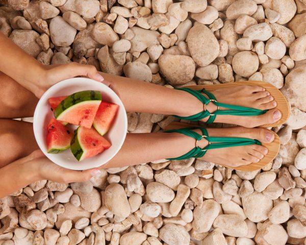 סנדל קיץ עם שרוכים קצרים – ירוק