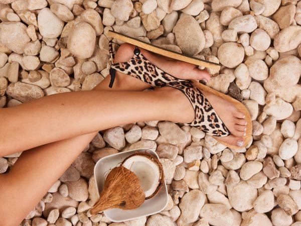 סנדל קיץ עם מיני גרב – מנומר